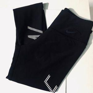 Nike women's Dri-fit black leggings 10/1 legend